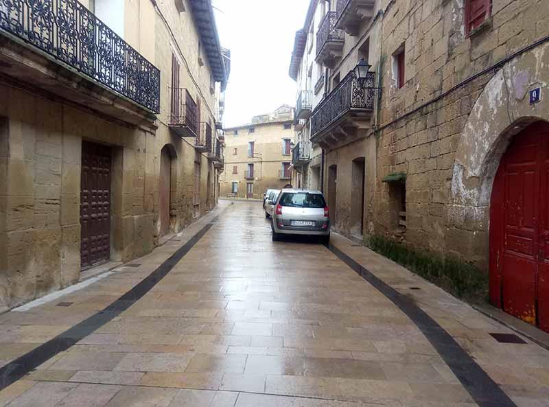 Calle típica de Sádaba