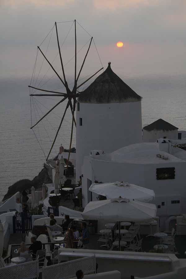 Foto de puesta de sol en Santorini